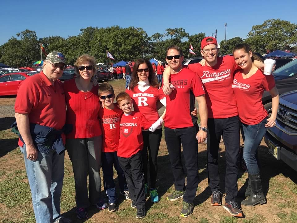 photo of the kaplowitz family at rutgers